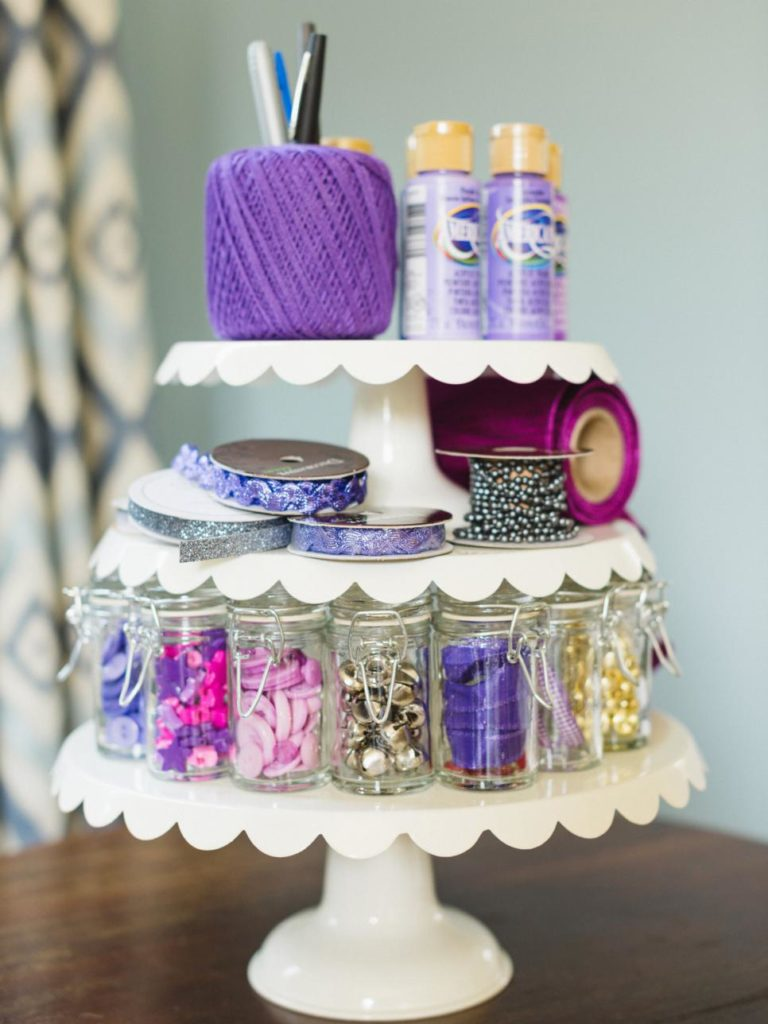craft room pedestal