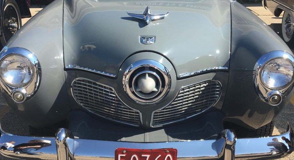 Classic cars show their timeless style - Vintage Unscripted